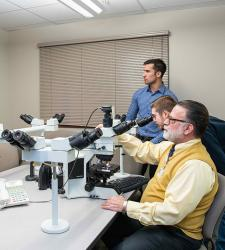 Biomedical engineering students help advance digital microscope technology