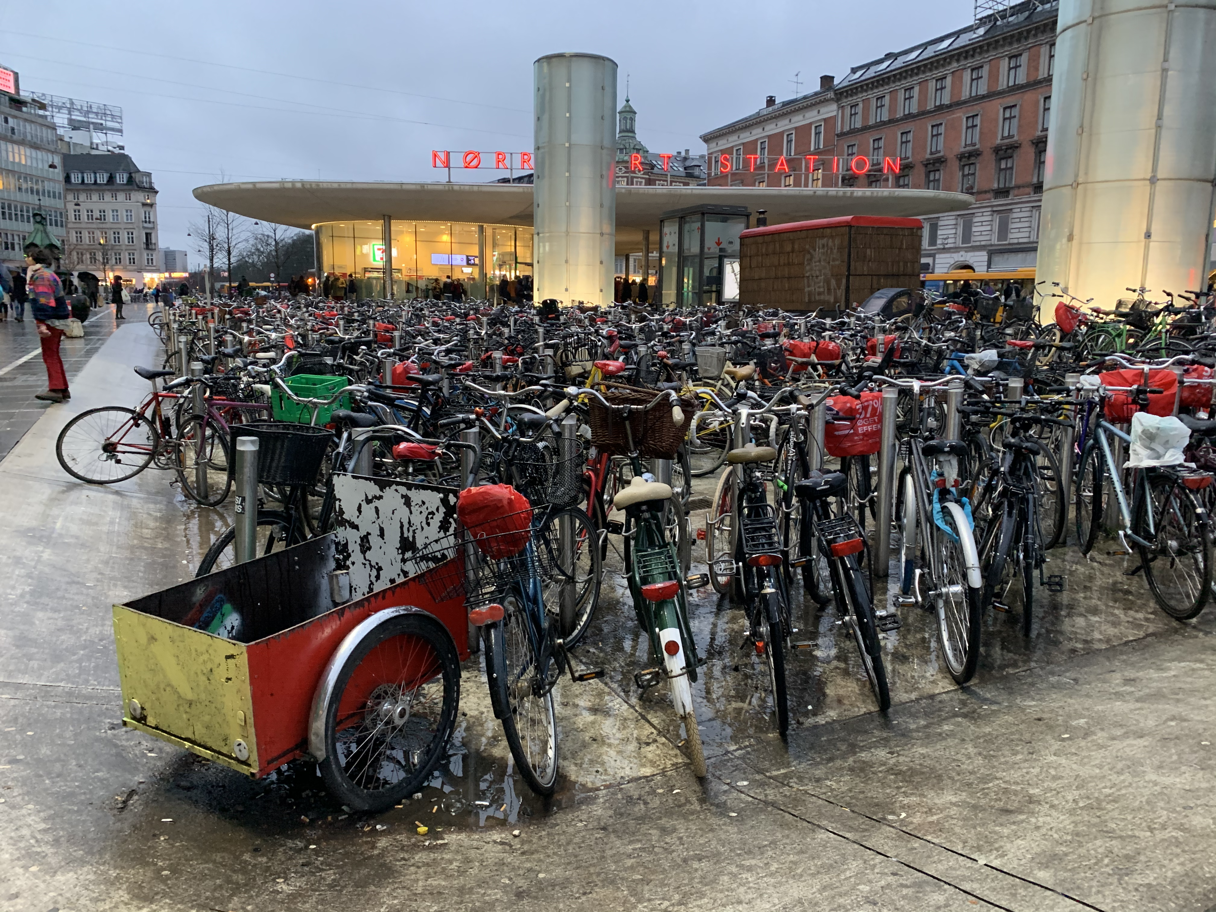 A large group of bikes at a market in Copenhagen
