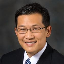 Headshot of Steven Lin