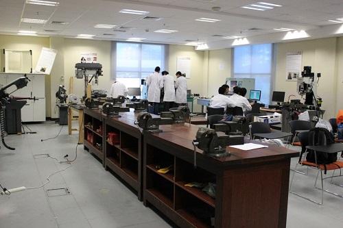 mechanical lab instruments