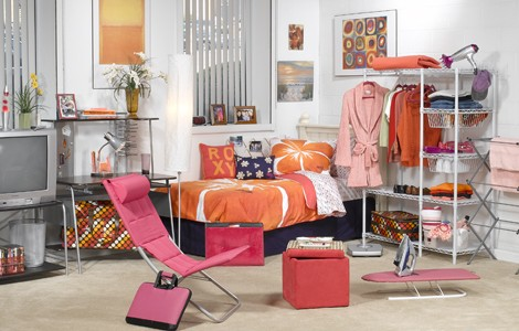 Decorating Your Dorm Room!