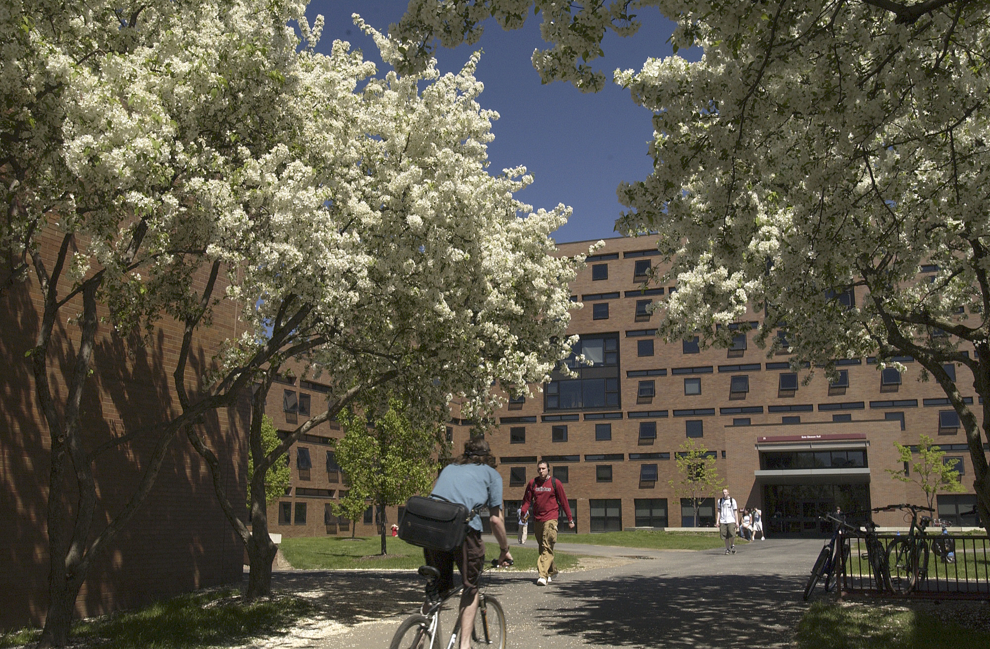 Make Visiting RIT Part Of Your Summer Travel