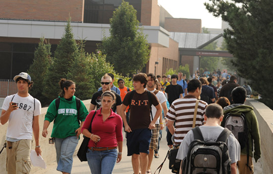 201008/rit_students_edit.jpg