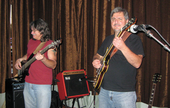 201011/csbluesandbrews.jpg
