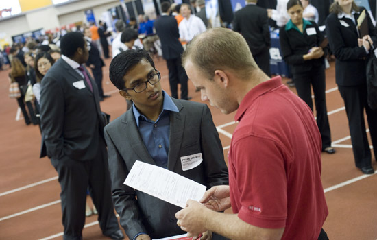 201202/career_fair.jpg