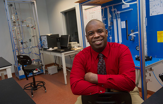 Professor wins national award for excellence in teaching by chemical engineering organization