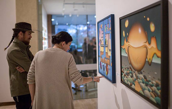Art exhibitions connect deaf and hearing artistic communities