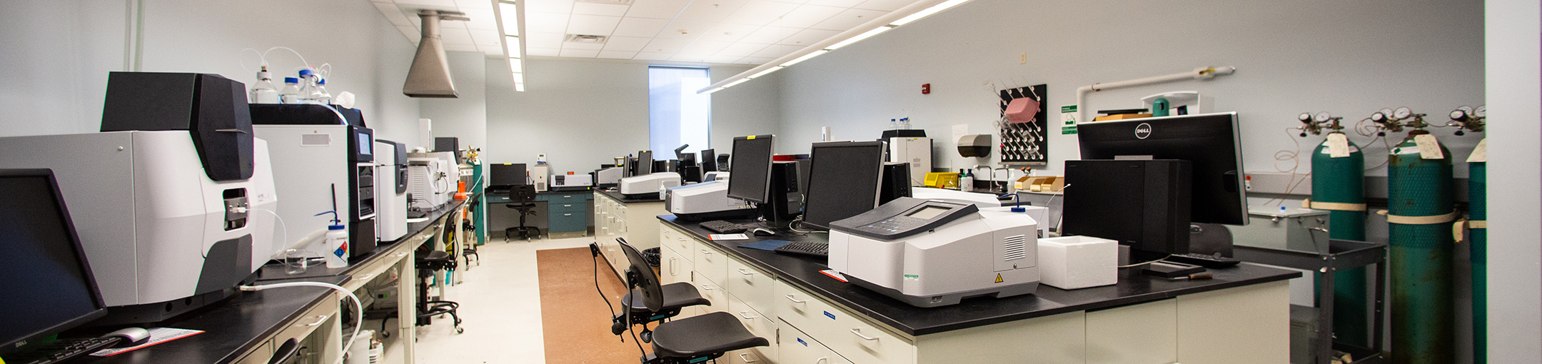 Lab equipment in the Analytical lab.