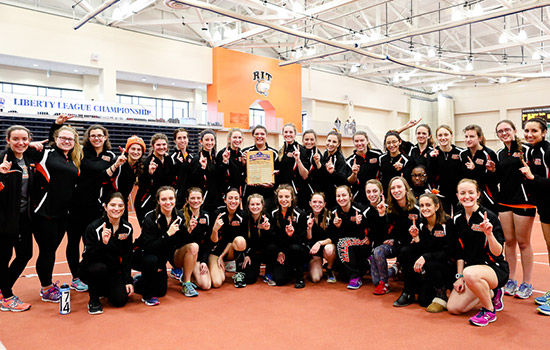Group shot of women's track.