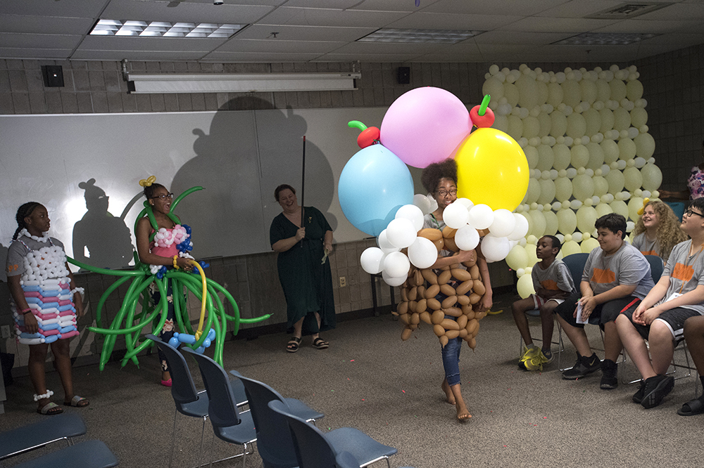 fashion show with balloons