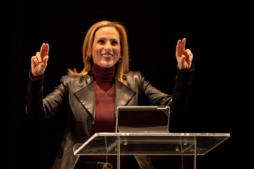 Photo by Mike Guinto <br> <p>Academy Award-winning actress, author and advocate Marlee Matlin visited RIT/NTID to help celebrate the 40th anniversary of RIT's Substance and Addiction Intervention Services for the Deaf (SAISD).</p>