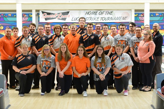 Group photo of bowling team.